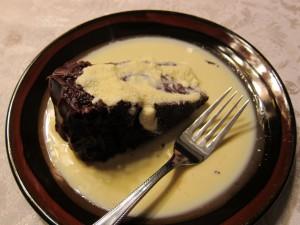Barely frozen ice ice cream on warm cake = puddle of sauce.